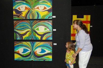 Waukegan Wine & Art Stroll (7.30.11) 027